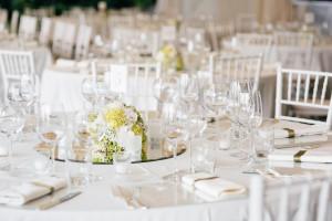 contemporary-white-chef-matrimonio-bartolini-allestimento
