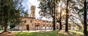 Borgo della Rocca: Loggiato